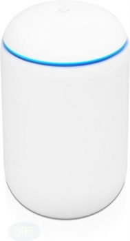 UbiQuiti UniFi Dream Machine - 2,4GHZ/300MBPS - 5GHZ/1733MBPS 5xGbE RJ45